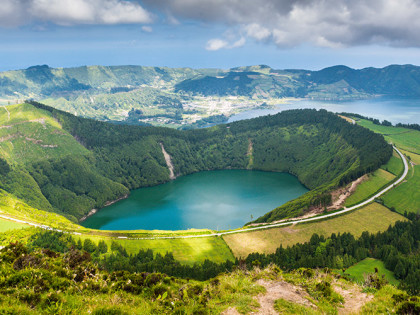 Beautiful-lake-of-Sete-Cidades