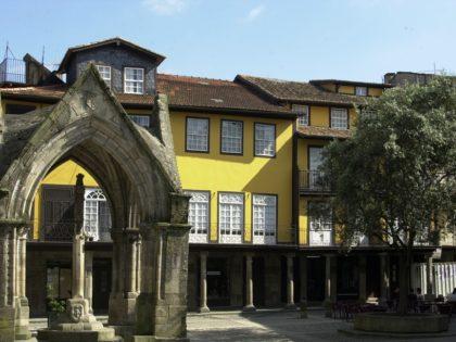 Largo Oliveira -Padrão do Salado - Guimarães