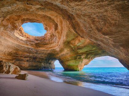 Algar de Benagil - Benagil beach cave_Credit Bruno Carlos (1)